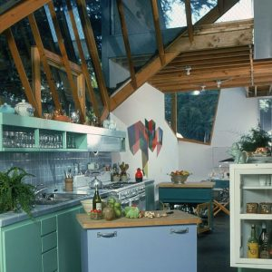 1980-frank-gehrey-kitchen-susan-woodgetty-images