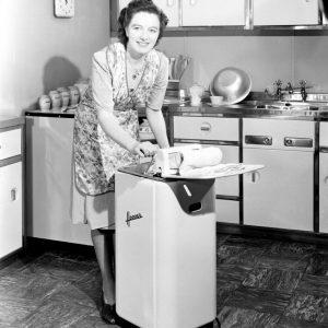 gallery-1478896142-1948-washing-machine-kitchen-uk